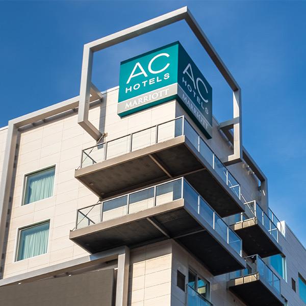 AC Hotel Cincinnati at The Banks | Cincinnati, Ohio
