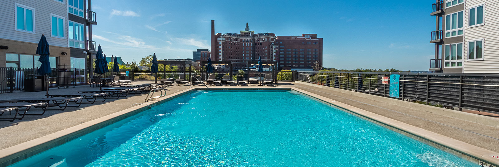 The pool and amenities deck at One41 Wellington in Cincinnati, Ohio.